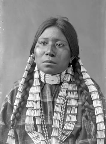 Sioux Woman with dentalium shell